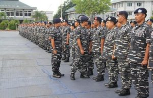 Kostum TNI Angkatan Laut
