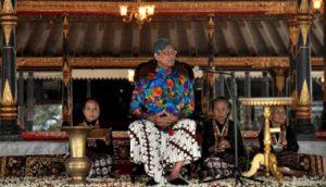 Pakaian Surjan Yogyakarta