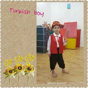 Kostum Tradisional Turki